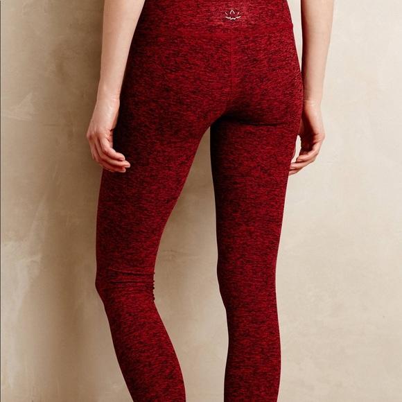 84552365cd2cf Red Spacedye leggings from Beyond Yoga. M_5a52cfe146aa7cc28900bdb2